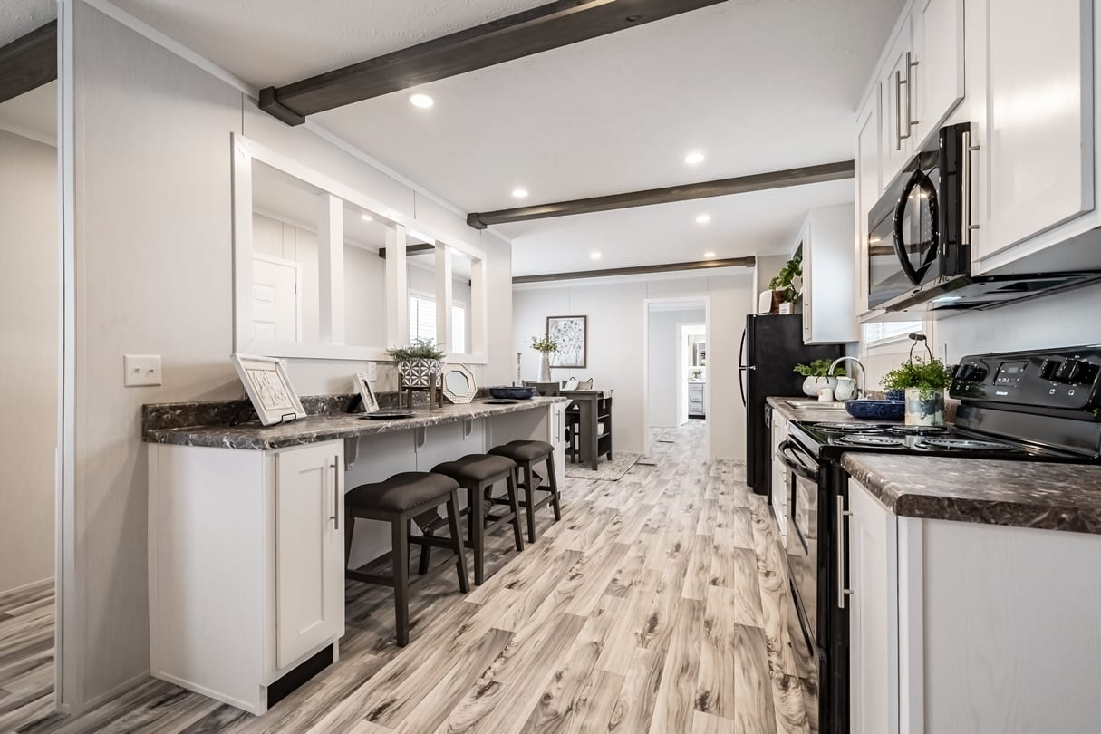 C-Kitchen-Area-Lansing-02_1592415000115