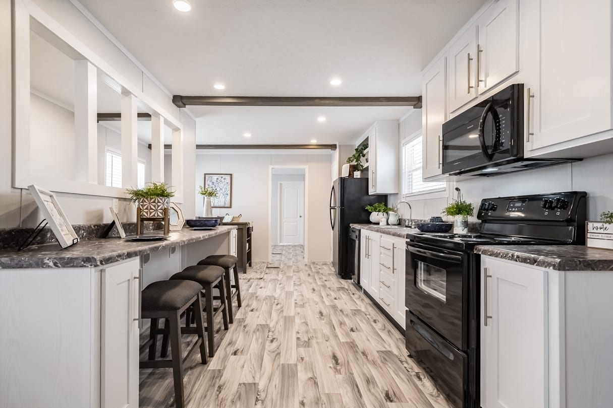C-Kitchen-Area-Lansing-03_1592414495368
