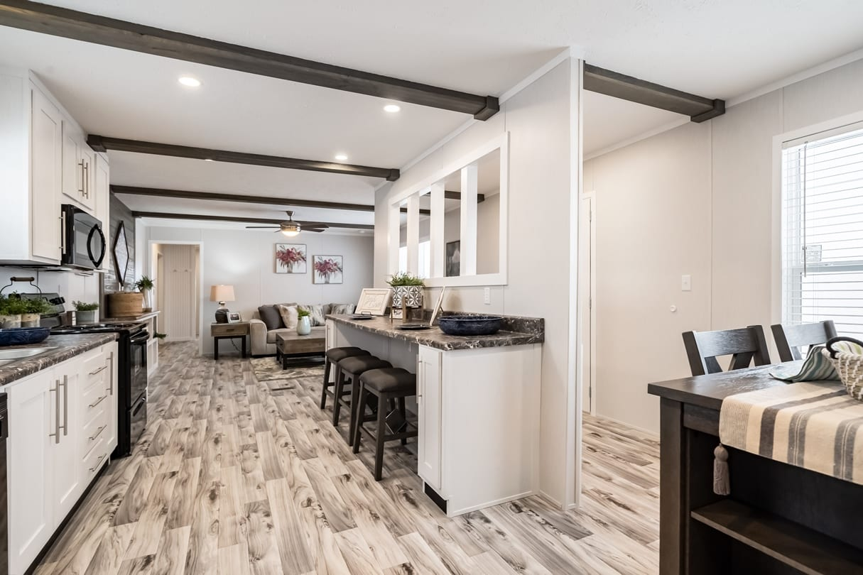 C-Kitchen-Area-Lansing-05_1592414534037